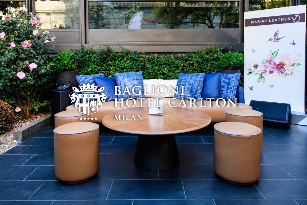 outdoor chairs and table baglioni hotel milan